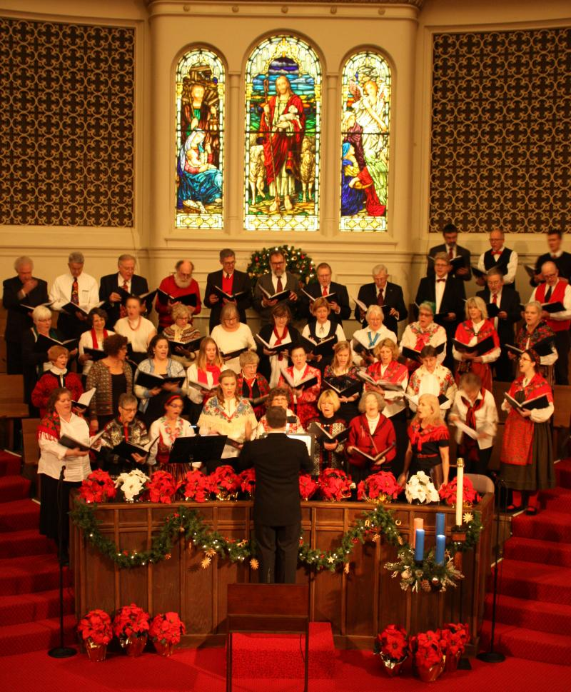 Svea Male Chorus and Swedish Women's Chorus singing with First Covenant Church c